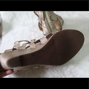 Tory Burch Shoes - 😍NEW LISTING😍 Tory Burch wedges 10